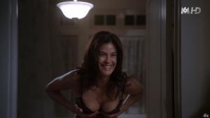 Teri Hatcher dans Desperate Housewives - 30/09/15 - 09