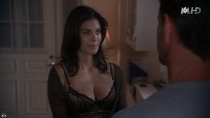 Teri Hatcher dans Desperate Housewives - 30/09/15 - 16