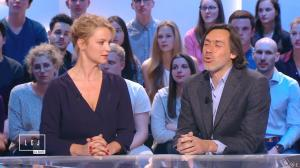 Virginie Efira dans le Grand Journal de Canal Plus - 10/04/15 - 04