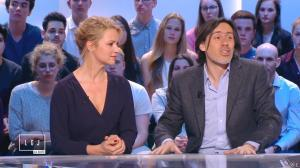 Virginie Efira dans le Grand Journal de Canal Plus - 10/04/15 - 06