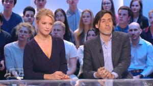 Virginie Efira dans le Grand Journal de Canal Plus - 10/04/15 - 09