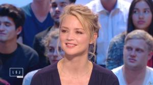 Virginie Efira dans le Grand Journal de Canal Plus - 10/04/15 - 13
