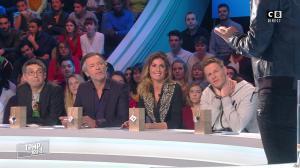 Caroline Ithurbide dans Touche pas à mon Poste - 05/01/17 - 01