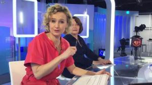 Caroline Roux dans un Bonus de C dans l'Air - 20/02/17 - 02