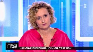 Caroline Roux dans C dans l'Air - 20/02/17 - 02