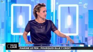 Caroline Roux dans C dans l'Air - 21/02/17 - 06