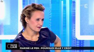 Caroline Roux dans C dans l'Air - 21/02/17 - 17