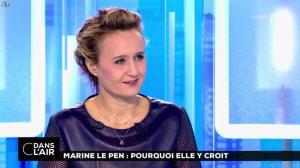 Caroline Roux dans C dans l'Air - 21/02/17 - 18
