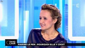 Caroline Roux dans C dans l'Air - 21/02/17 - 30