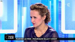 Caroline Roux dans C dans l'Air - 21/02/17 - 35