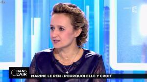 Caroline Roux dans C dans l'Air - 21/02/17 - 39