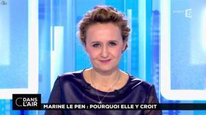 Caroline Roux dans C dans l'Air - 21/02/17 - 47