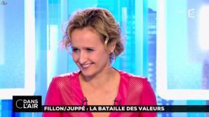 Caroline Roux dans C dans l Air - 24/11/16 - 08