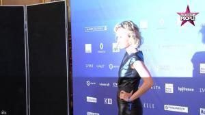 Caroline Roux dans Non Stop People - 01/12/16 - 29