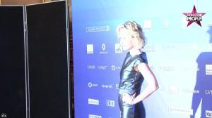 Caroline Roux dans Non Stop People - 01/12/16 - 37