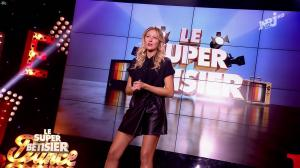 Emilie Picch dans le Super Betisier - 26/10/16 - 02