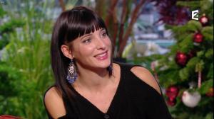Erika Moulet dans Amanda - 14/12/16 - 11