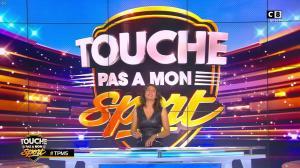 Estelle Denis dans Touche pas à mon Sport - 22/10/16 - 18
