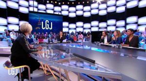 Laurence Ferrari dans le Grand Journal - 25/11/16 - 08