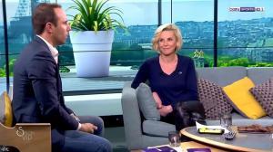 Laurence Ferrari dans Salon VIP - 04/03/17 - 15