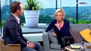 Laurence Ferrari dans Salon VIP - 04/03/17 - 50