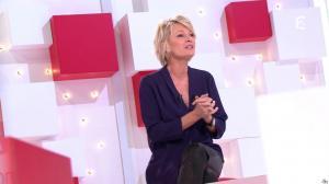 Sophie Davant dans Vivement la Télé - 27/11/16 - 01
