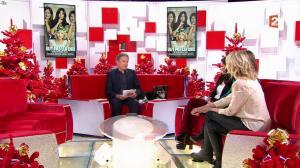 Stéphanie Crayencour dans Vivement Dimanche - 25/12/16 - 01