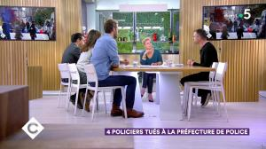 Anne-Elisabeth Lemoine dans C à Vous - 03/10/19 - 02