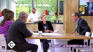 Anne-Elisabeth Lemoine dans C à Vous - 04/10/19 - 04