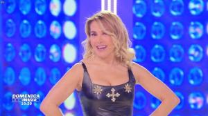 Barbara d'Urso dans DomeniÇa Live - 10/03/19 - 06