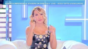 Barbara d'Urso dans DomeniÇa Live - 23/02/20 - 04