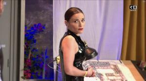 Capucine Anav dans un Week-End Tranquille - 01/02/20 - 54