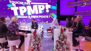 Kelly Vedovelli dans Touche pas à mon Poste - 18/12/19 - 01