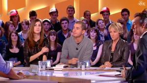 Ariane Massenet et Tania Bruna-Rosso dans le Grand Journal De Canal Plus - 11/02/11 - 5