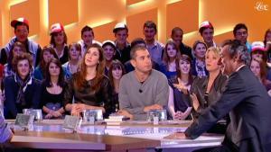 Ariane Massenet et Tania Bruna-Rosso dans le Grand Journal De Canal Plus - 11/02/11 - 6