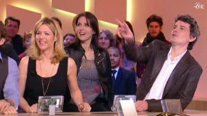 Laure Guibert et Isabelle Bouysse dans le Grand Journal De Canal Plus - 03/03/11 - 1
