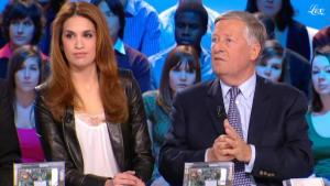 Sonia Mabrouk dans le Grand Journal De Canal Plus - 14/01/11 - 2
