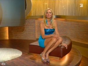 Sonya Kraus dans Talk Talk Talk - 18/12/10 - 3