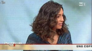 Caterina Balivo dans Pomeriggio Sul Due - 03/12/10 - 03