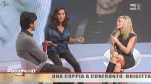 Caterina Balivo dans Pomeriggio Sul Due - 03/12/10 - 05