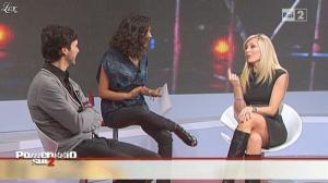 Caterina Balivo dans Pomeriggio Sul Due - 03/12/10 - 06