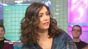 Caterina Balivo dans Pomeriggio Sul Due - 03/12/10 - 08