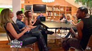 Clara Morgane dans les Anges de la télé Realite 3 - 01/11/11 - 03