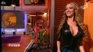 DJ Miss Roxx dans Bienvenue Chez Cauet - 31/10/12 - 03