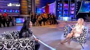 Federica Panicucci et Juliana Moreira dans Domenica 5 - 12/02/12 - 10