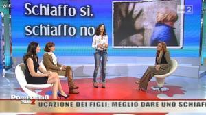 Giovanna Civitillo et Caterina Balivo dans Pomeriggio Sul Due - 29/11/10 - 01