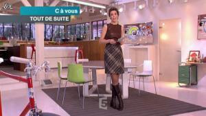 Julie Andrieu dans C à Vous - 14/03/12 - 01
