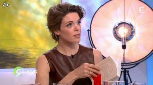 Julie Andrieu dans C à Vous la Suite - 14/03/12 - 04