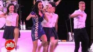 Katy Perry dans le Petit Journal - 05/11/12 - 01