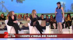 Lorena Bianchetti dans Italia Sul Due - 09/02/12 - 33